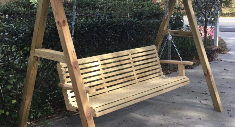 Porch Swings & Outdoor Furniture